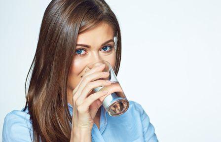 जानें, पानी पीने का सही और गलत समय क्या है और इसके लाभ अथवा हानि क्या हैं?