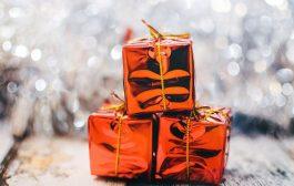 अपने सगे-संबंधियों को उपहार में क्या दें?