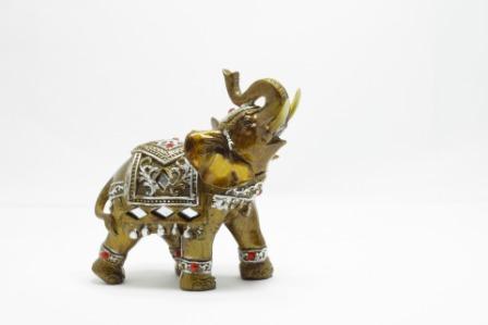 फेंगशुई हाथी है आपके सौभाग्य का साथी