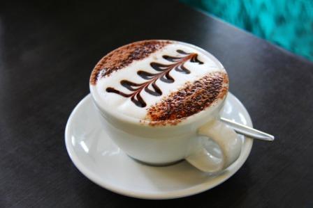 जायकेदार चाय और कॉफी पीने क फायदे